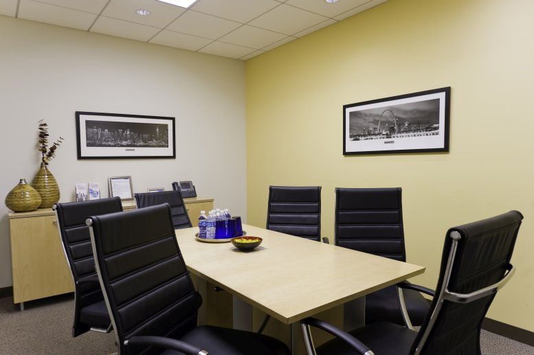 This is a photo of the office space available to rent on Five Penn Plaza, 461 Eighth Avenue, Penn Station