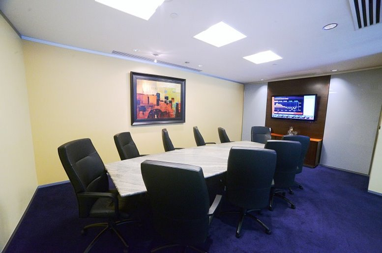 Office for Rent on 1330 Avenue of The Americas, Midtown Manhattan