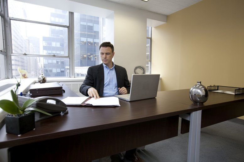 112 West 34th Street, Penn Station Office for Rent in Manhattan