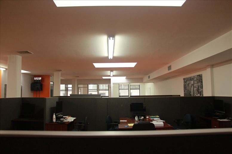 This is a photo of the office space available to rent on 838 Avenue of The Americas, Flatiron, NoMad