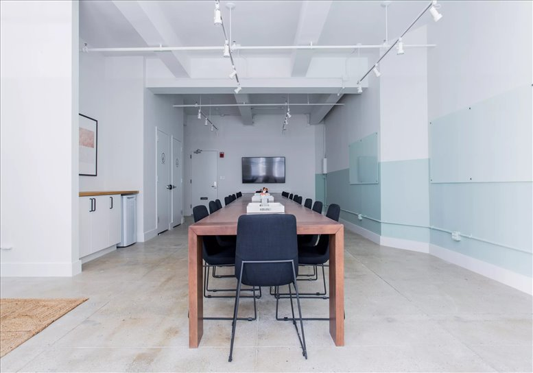 Photo of Office Space on 213 West 35th Street, Garment District, Midtown Manhattan