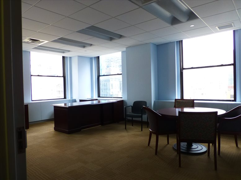 535 Fifth Avenue, Bryant Park, Grand Central Office for Rent in Manhattan