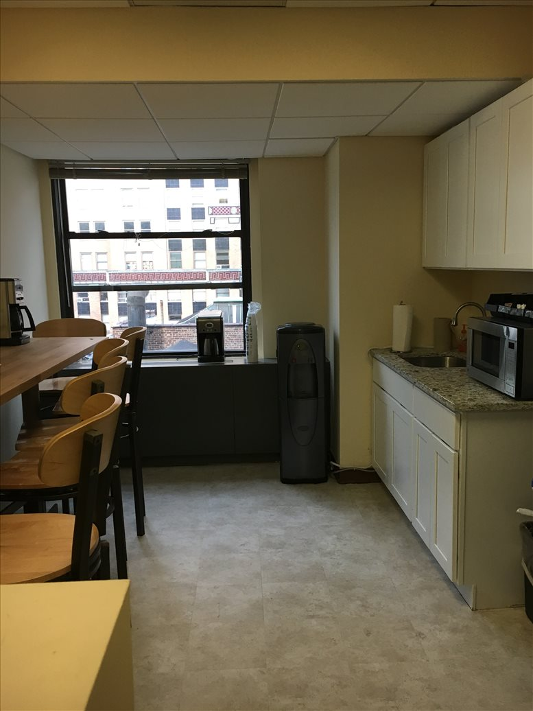Picture of 535 Fifth Avenue, Bryant Park, Grand Central Office Space available in Manhattan