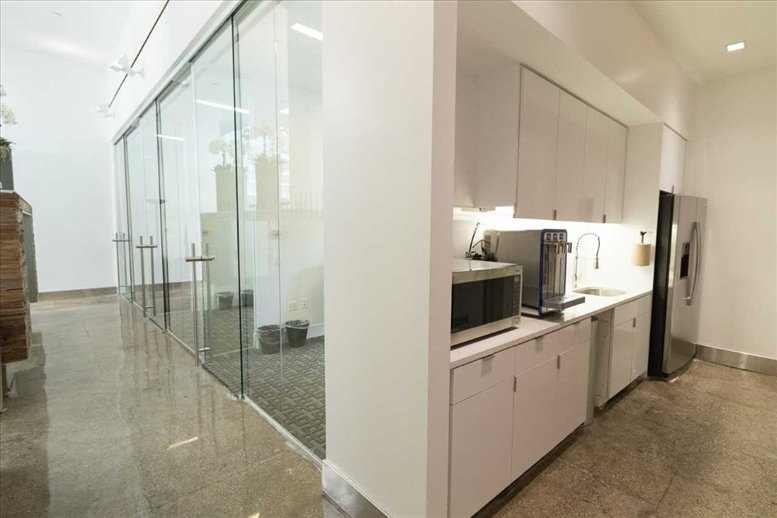 Photo of Office Space on 15 West 38th Street, Garment District, Midtown Manhattan